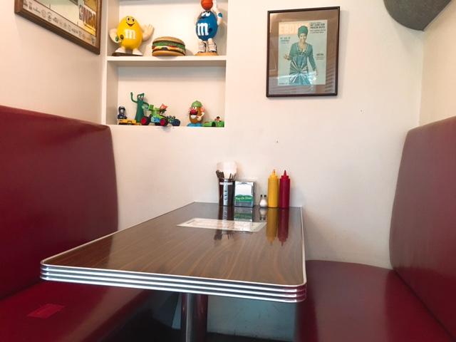 reg-on-diner