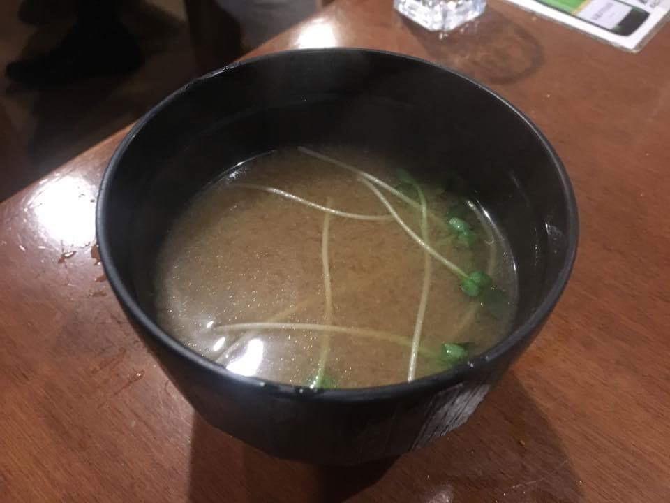 大井町で安くて美味いもつ焼きなら間違いなく「しげ」!