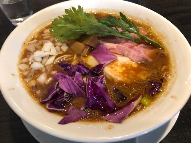 種類豊富なメニューの数々「カネキッチン ヌードル」(東長崎)