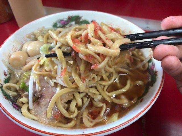 ラーメンに汁なしにつけ麺、三種類を堪能!「ラーメン二郎 湘南藤沢店」