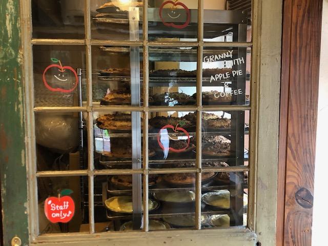 「グラニースミス 三宿店」のアップルパイは、お土産に最高