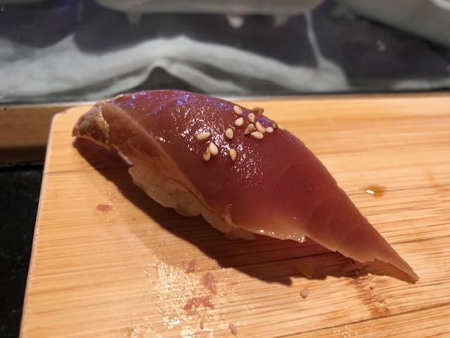大好きな立喰い寿司屋!「まぐろ人 御徒町出張所」