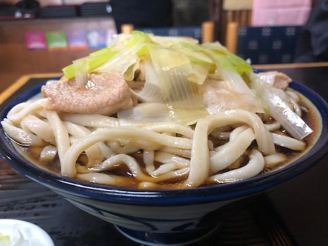 ジロリアン必見!二郎系蕎麦屋「角萬 向島店(かどまん)」でガッツリランチ