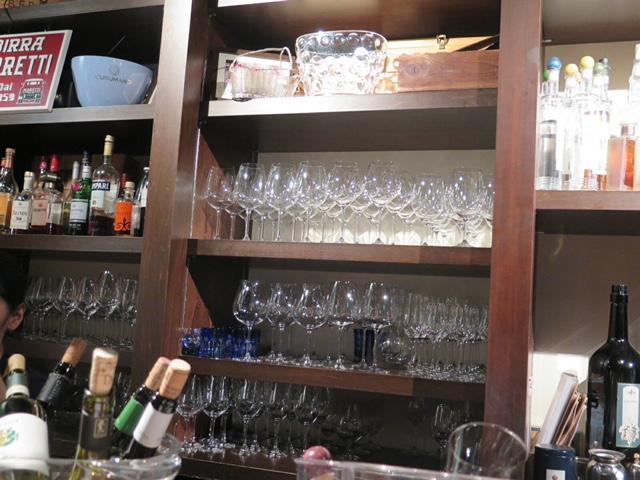 すすきのでワインなら「CANTINETTA SALUS (カンティネッタサリュ)」