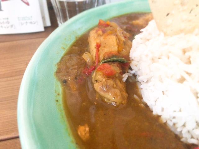 独特なスパイスがクセになる!「Curry&Spice青い鳥」(幡ヶ谷)