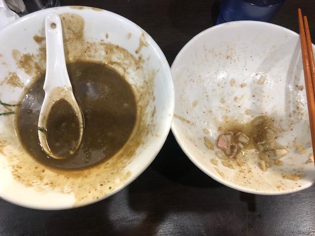 超濃厚煮干しラーメンが旨かった!「中華そば いづる」(大門)
