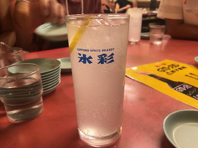 深夜に大行列!「マルシン飯店」(京都・東山)で天津飯と餃子を堪能する