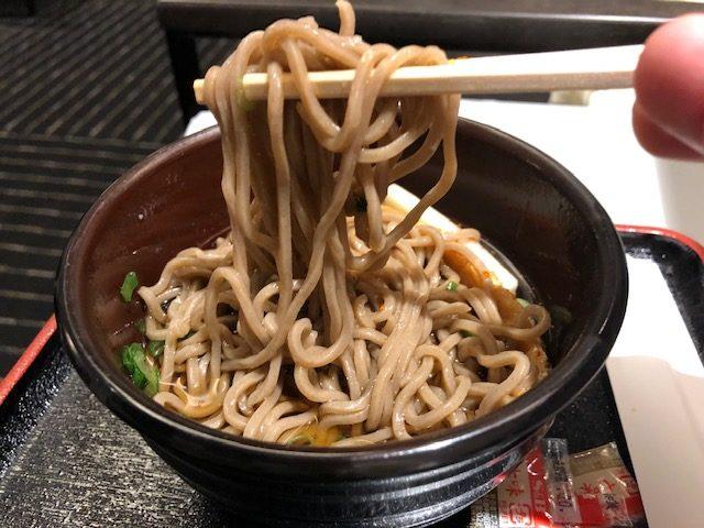 成田空港(国際線)ANAビジネスラウンジの食事やサービスをご紹介