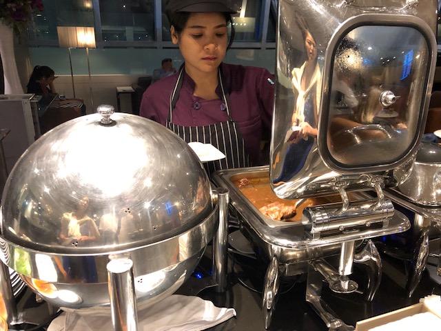 タイ・バンコク「スワンナプーム国際空港」のロイヤルシルクラウンジのご紹介
