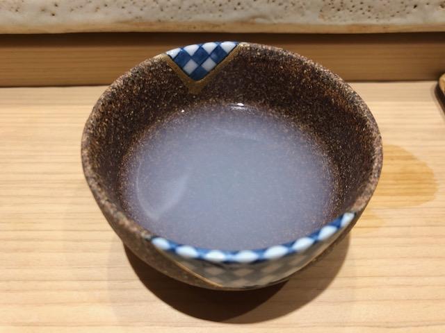 ミシュラン獲得!「すし岩瀬」(新宿・都庁前)はコスパ抜群の鮨屋だった
