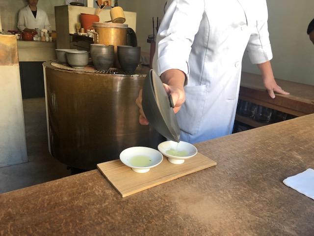 日本初!?オシャレで素敵な日本茶バー「万(yorozu)(福岡・赤坂)