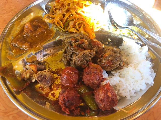 ランチのクオリティが高い!「クンビラ」(恵比寿)でネパール料理を堪能する