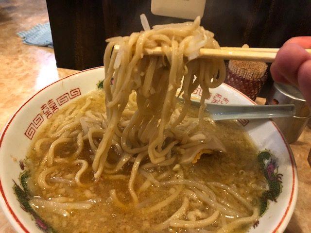二郎系を堪能!「肉汁らーめん 公 (肉汁らーめん kimi)」(新馬場)