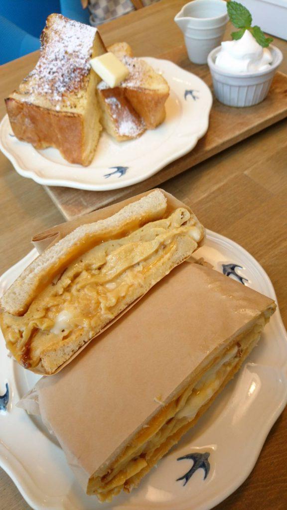 絶品オムレツトースト!天然酵母の食パン専門店つばめパン&Milk(尼ケ坂)