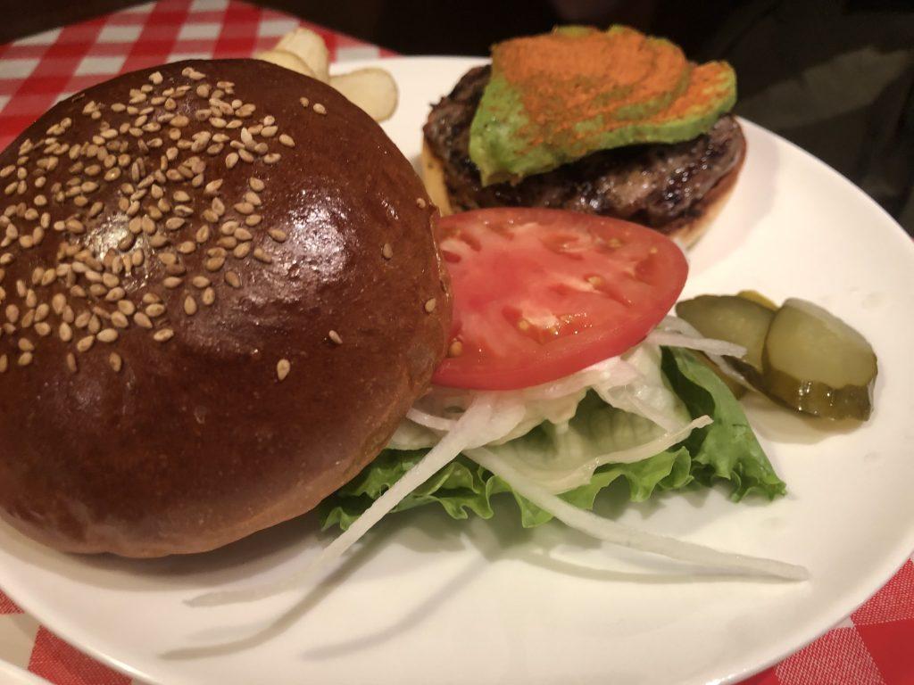 バランス良いハンバーガー!「アイコウシャ(I-Kousya)」(水道橋)