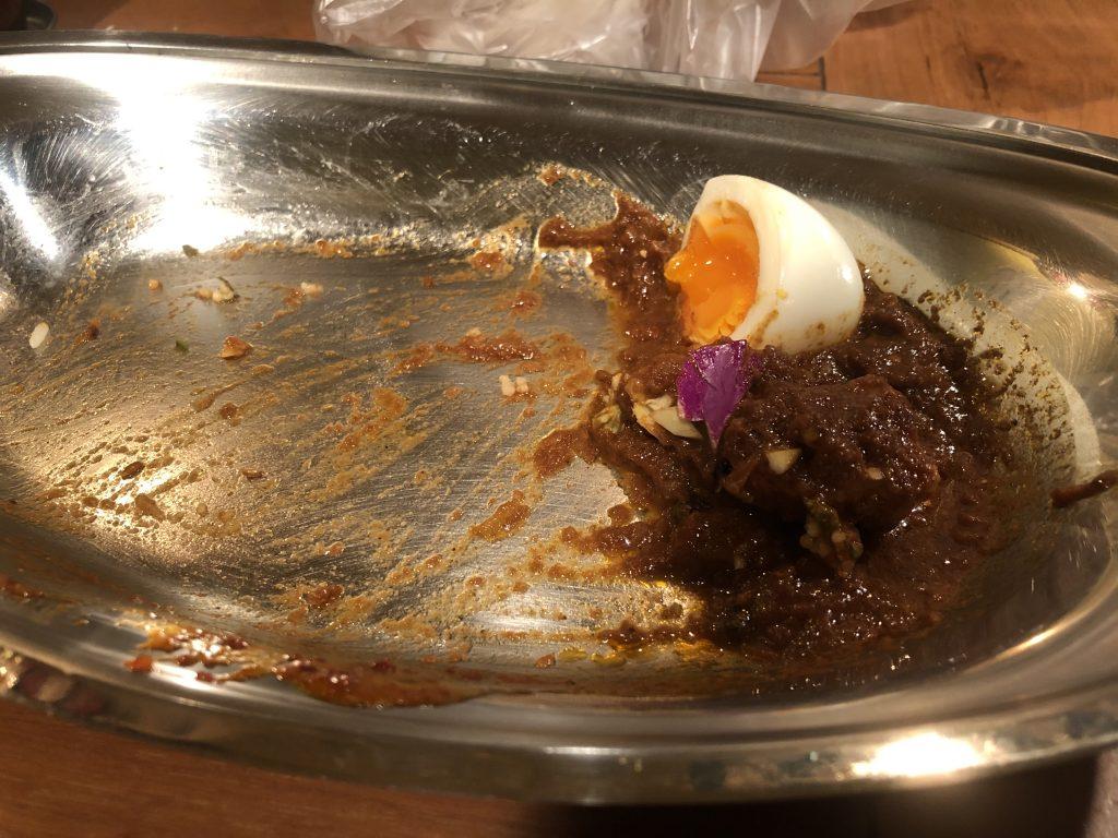 カレーランチを楽しむ!「ポークビンダルー食べる副大統領」(神泉)